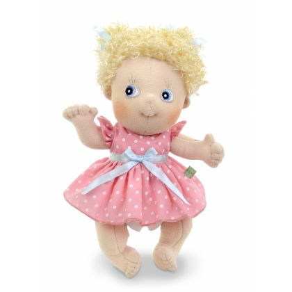 DOLLY THE DOLL (1)